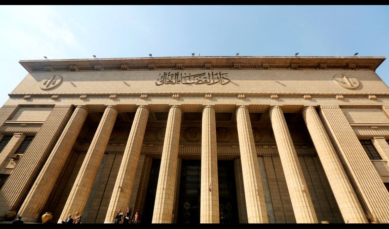 جنايات القاهرة تقضي بإعدام عادل إمام