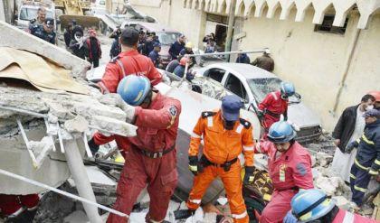 الدفاع المدني ينتشل جثتي امرأتين في أيمن الموصل