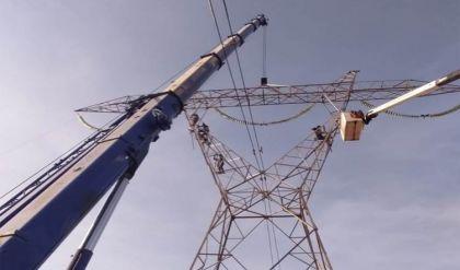 تأهيل 5 أبراج كهربائية استُهدفت بعبوات ناسفة في الموصل