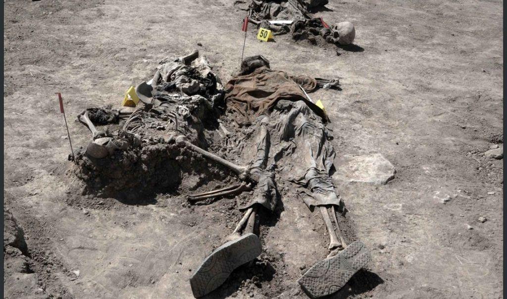 فتح مقبرة جماعية في الموصل لتحديد هويات ضحايا