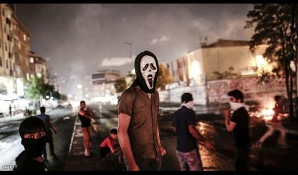 تصاعد العنف وحملات الكراهية ضد اللاجئين السوريين بتركيا