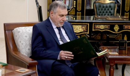 صالح يكلف محمد توفيق علاوي رسمياً رئاسة الحكومة العراقية