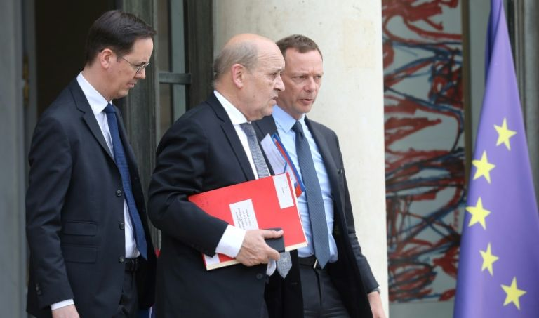 باريس تعلن أنها تكثف جهودها لتجنيب أربعة فرنسيين عقوبة الإعدام في العراق