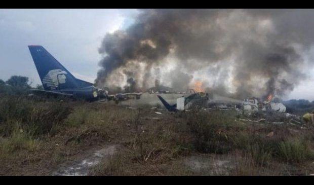 تحطم طائرة ركاب على متنها 101 شخصا شمالي المكسيك