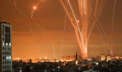 دفعات من الصواريخ تتجه من غزة صوب المدن الإسرائيلية