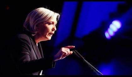 نجم الكرة الفرنسية زيدان مخاطبآ لوبان:لن أصوت لكِ في الأنتخابات