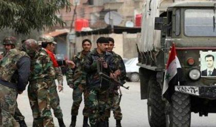 مقتل 3 عسكريين سوريين بكمين استهدف حافلة على طريق دير الزور
