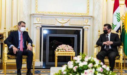 خلال لقائه مسرور بارزاني.. وفد أميركي يدعو لتفعيل مراكز التنسيق بين البيشمركة والجيش العراقي
