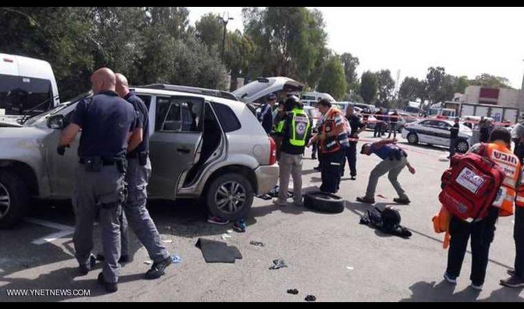 شاب يدهس 3 جنود إسرائيليين بسيارته في عكا
