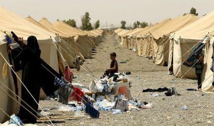 الهجرة والمهجرين تؤكد لراديو الغد وجود 37 الف عائلة نازحة في مخيمات نينوى