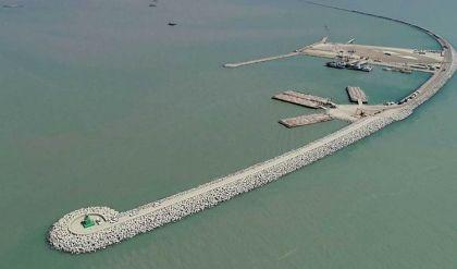 النقل: توقيع تنفيذ مشروع ميناء الفاو مع دايو اليوم