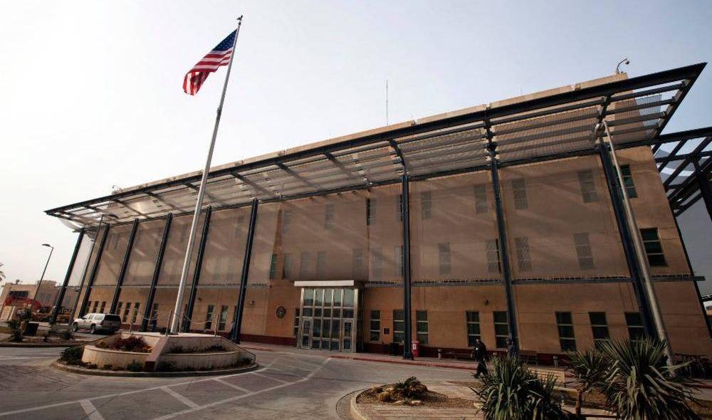 الخارجية الامريكية تطلب من الموظفين غير الضروريين مغادرة العراق