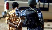 القوات الامنية تلقي القبض على ناقل الانتحاريين في الموصل