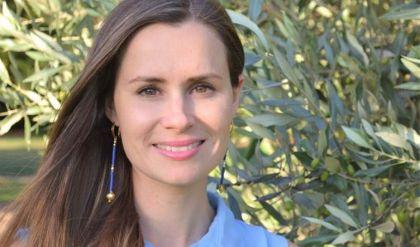 استاذة جامعية أسترالية تتهم إيران بمحاولة تجنيدها كجاسوسة خلال حبسها