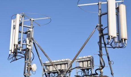 وزارة الاتصالات: نسعى لإعادة توفير خدمة الإنترنت بشكل سريع