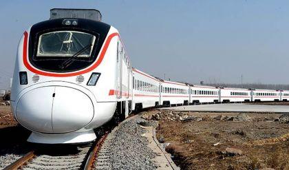 وزير النقل: إعادة تشغيل القطار من بغداد إلى الموصل ثم إلى تركيا قريباً