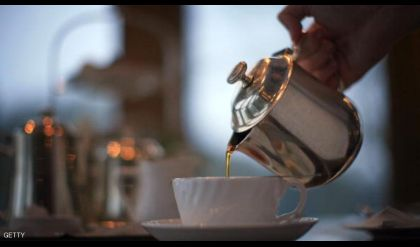 تحذير: لا تترك كيس الشاي مدة طويلة في الكوب