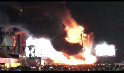 فرار الآلاف من حريق بحفل غنائي في برشلونة