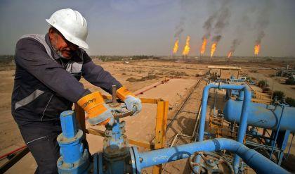 العراق يحقق أكثر من 3 مليارات دولار من الإيرادات النفطية في تشرين الأول
