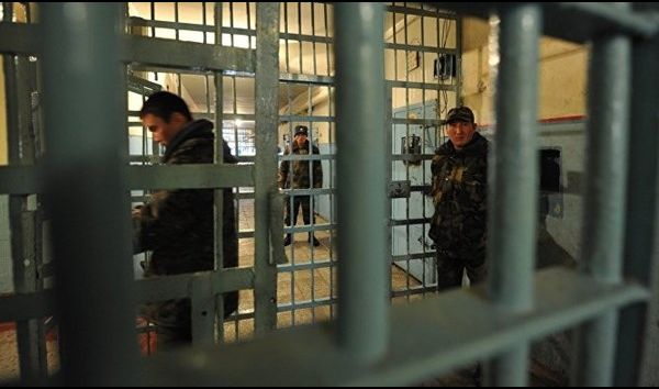 ايران تعلن استعادة 19 سجيناً من العراق