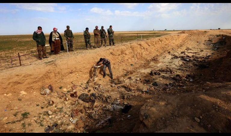الطب العدلي يجري فحوصات على رفات 141 جثة استخرجت من سنجار
