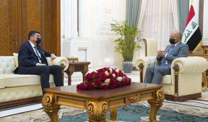 رئيس الجمهورية يؤكد أهمية التواصل مع دول الجوار لتنظيم العلاقات المائية ومراعاة المصالح المشتركة