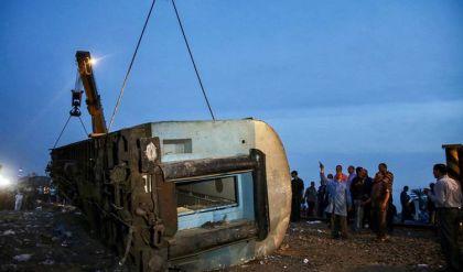 11 قتيلاً ونحو مئة جريح في حادث قطار جديد في مصر