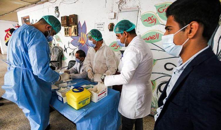 الصحة تحذر من موجة كورونا أشد قسوة وخطورة واحتمال تحور جديد بالسلالة في العراق