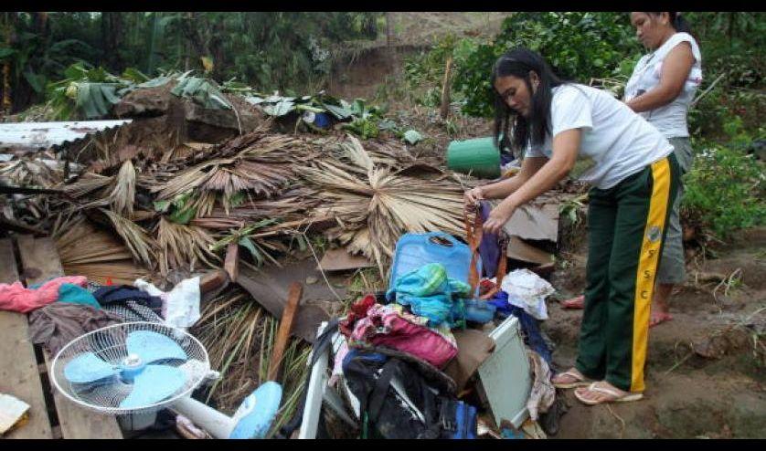 20 قتيلاً جراء انهيارات أرضية وفيضانات شرقي الفلبين