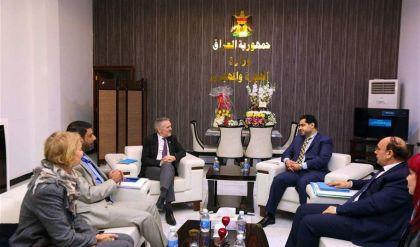 وزير الهجرة لمنظمة دولية: اعمار المدن المحررة سبب رئيس في انهاء النزوح