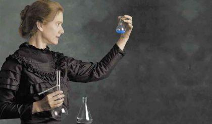 الحضور النسائي في ميادين العلوم حول العالم