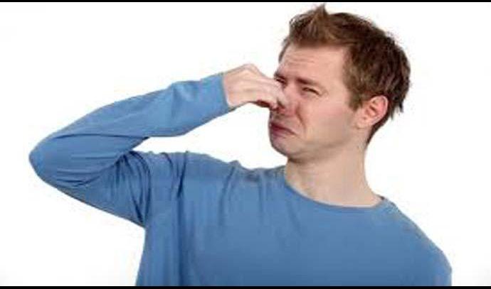 كيف تتخلص من رائحة الجسم السيئة في الصيف
