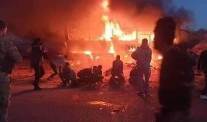 مقتل 7 عناصر من الجيش السوري في هجوم استهدف حافلة بشمال سوريا