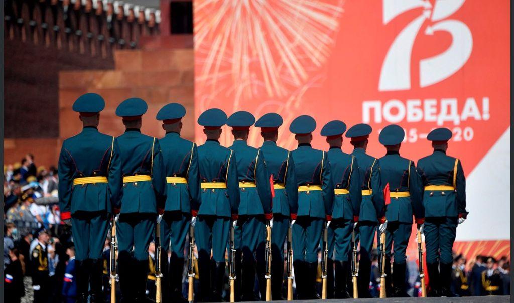 لذكرى 75 لانتصار روسيا على المانيا النازية في الحرب العالمية الثانية