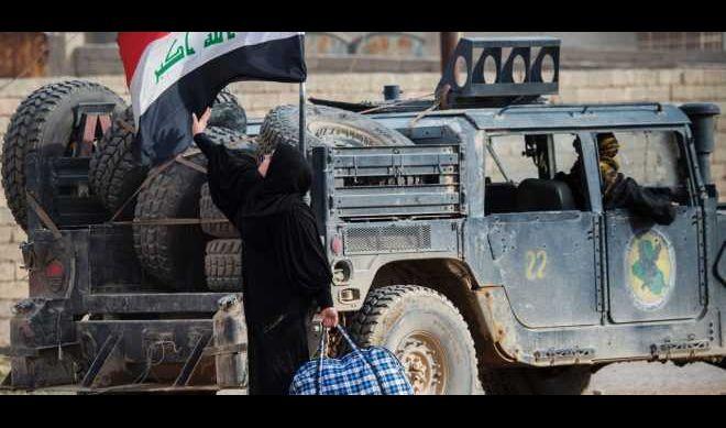 وزير الهجرة: 400 الف نازح من أيمن الموصل وعودة 130 الف منهم إلى أيسره