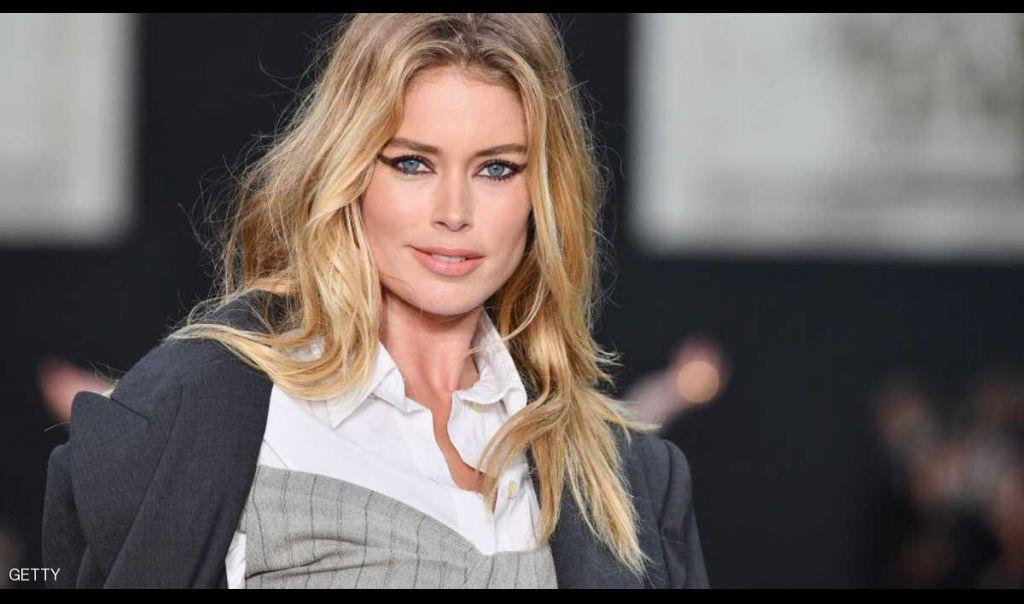 الشانزيليزيه الباريسي يتحول لمنصة لعروض الأزياء