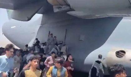 العثور على أشلاء بشرية في عدّة هبوط طائرة أميركية أقلعت من مطار كابول