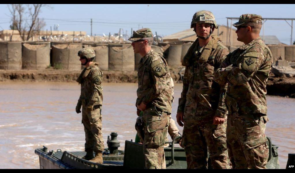 سقوط صواريخ على قاعدة عسكرية تستضيف قوات أميركية شمالي بغداد