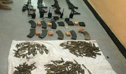 """العثور على اسلحة متنوعة تعود لـ""""داعش"""" شمالي الرمادي"""