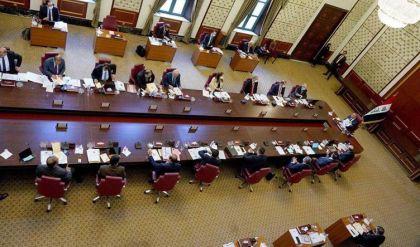 مجلس الوزراء يصوت على تحديد الـ10 من تشرين الأول المقبل موعداً لاجراء الانتخابات المبكرة منذ 4 ساعات