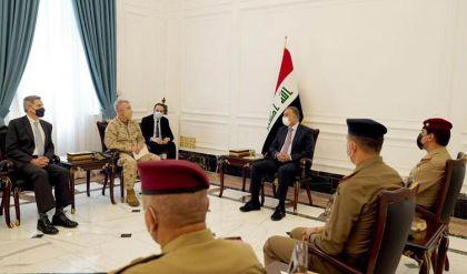 الكاظمي ومكينزي يتفقان على المضي بسحب القوات المقاتلة للتحالف الدولي من العراق