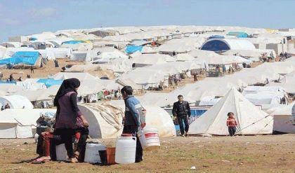 حقوق الانسان: ١٥٣٣٠ عائلة متبقية بمخيمات النزوح في نينوى