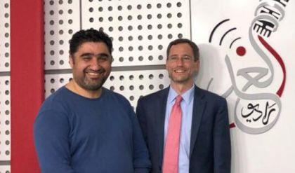 القائم بأعمال سفارة الولايات المتحدة الامريكية في العراق جوي هود في ضيافة راديو الغد