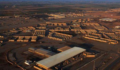 صاروخان يستهدفان قاعدة جوية عراقية تضمّ عسكريين أميركيين