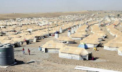 الحكومة تغلق 50% من مخيمات النازحين وتغريهم بالمال للعودة