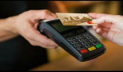 الرشيد يفتتح مركزا لأصدار بطاقة الماستر كارد للمتقاعدين