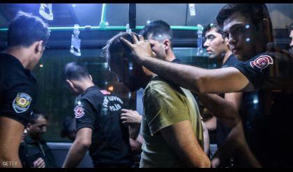 تركيا تصعّد ضد غولن ومعتقلون جدد بالمئات