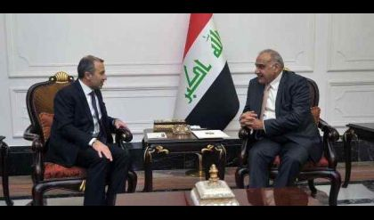 """وزير الخارجية اللبناني يعد عبد المهدي برفع """"الفيزا"""" للعراقيين"""