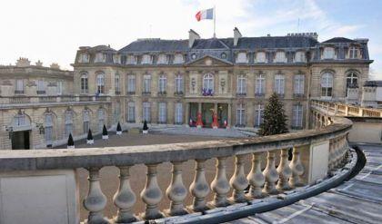 باريس تستدعي سفيريها في واشنطن وكانبيرا على خلفية إلغاء عقد الغواصات