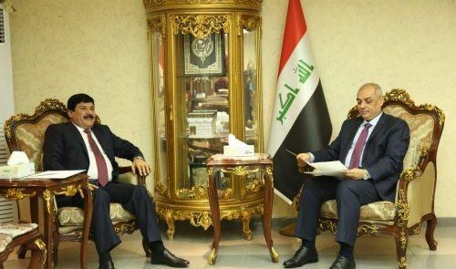 العراق يبحث مع سوريا عودة النقل الجوي بين البلدين